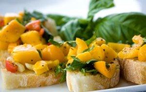 mango-bruschetta-12400